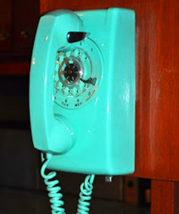 Turquoise_phone2